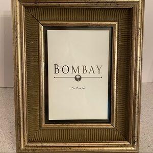 Bombay Co frame textured gold wood photo holder